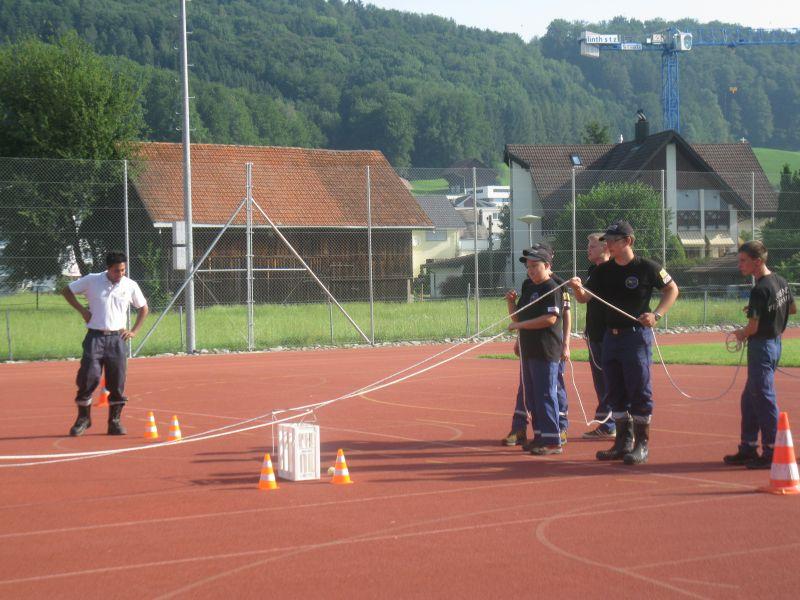 Bachsperrung_tuggen_004_06.2012