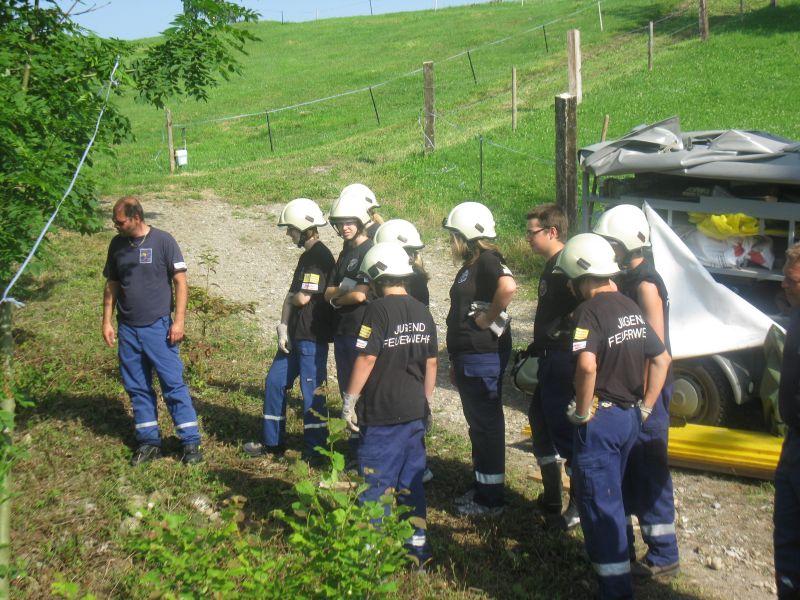 Bachsperrung_tuggen_009_06.2012