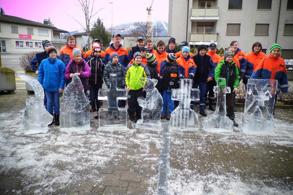 2016-02-20-Eisschnitzen-074